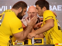 The pursuit for the mass: Saginashvili - Ongarbaev # Armwrestling # Armpower.net