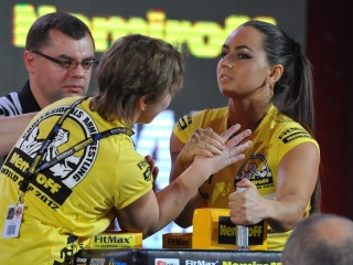 Great arm wrestling pics from Nemiroff 2012