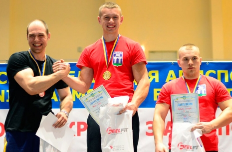 "Oleg Zhokh: ""I plan to focus on my right hand"" # Armwrestling # Armpower.net"