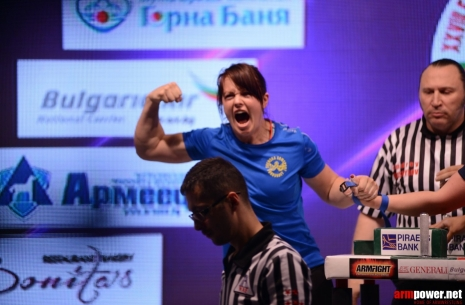 "Fia Reisek: ""Malin will dom whatever it takes!"" # Armwrestling # Armpower.net"