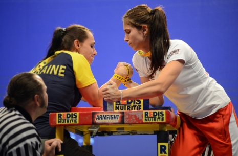 "Dimitrina Dimitrova: ""Volkova was tougher than Iliushina for me"" # Armwrestling # Armpower.net"