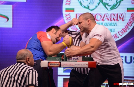 Igor Mazurenko about Sasho Andreev: Slow down with Vendetta! Pull at Zloty first.  # Armwrestling # Armpower.net