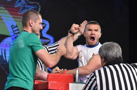"Daniel Procopciuc: ""I bet on the Europeans"" # Armwrestling # Armpower.net"