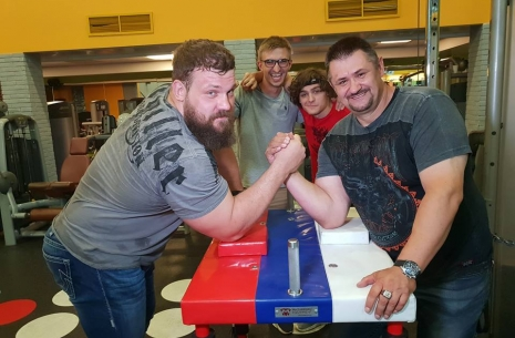 "Denis Tsyplenkov's record is broken!! New episode of the ""Science of Armwrestling"". # Armwrestling # Armpower.net"