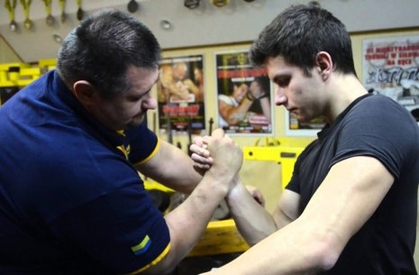There are two pulling styles? # Armwrestling # Armpower.net