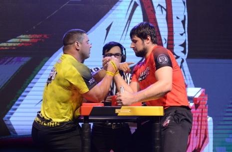 Trubin vs Laletin: Is it all about strength? # Armwrestling # Armpower.net