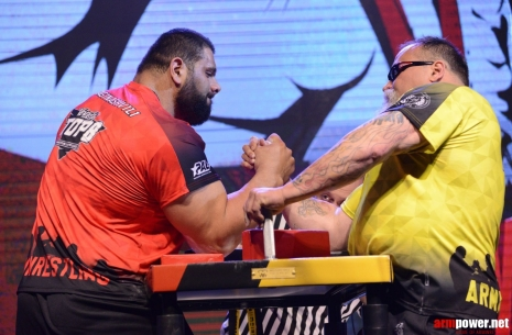 Bresnan vs. Saginashvili: there was no chance # Armwrestling # Armpower.net