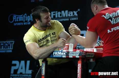 Devon Larratt: I always push my hardest. # Armwrestling # Armpower.net