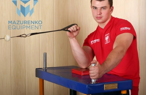 Exercises with a half-table Mazurenko Equipment # Armwrestling # Armpower.net