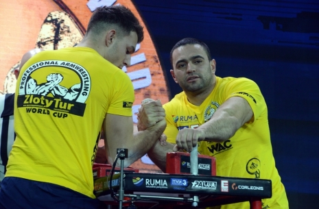 Engin Terzi: Rustam Babayev is legendary # Armwrestling # Armpower.net