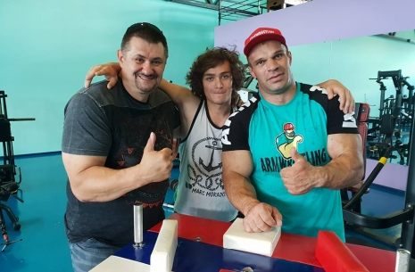Denis is up 15-20%! # Armwrestling # Armpower.net