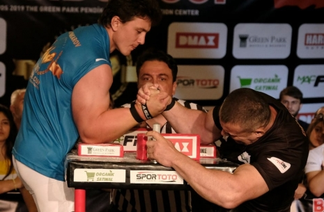 Instanbul Supermatches # Armwrestling # Armpower.net