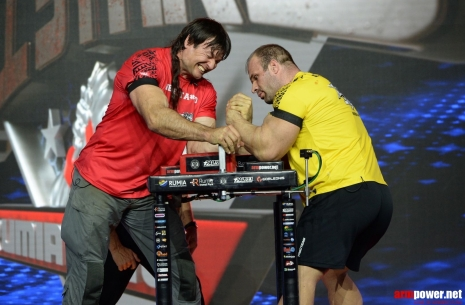 No wrist - no hook! # Armwrestling # Armpower.net