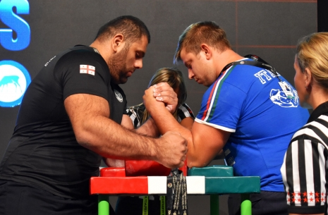 Levan Saginashvili will pull at the Zloty Tur! # Armwrestling # Armpower.net
