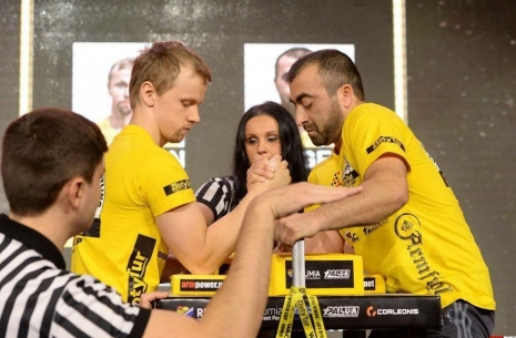 "Vazgen Sogoyan: ""The top ten was equal in many parameters"" # Armwrestling # Armpower.net"