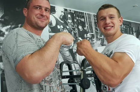Oleg Zhokh regained consciousness and is already communicating with family. # Armwrestling # Armpower.net